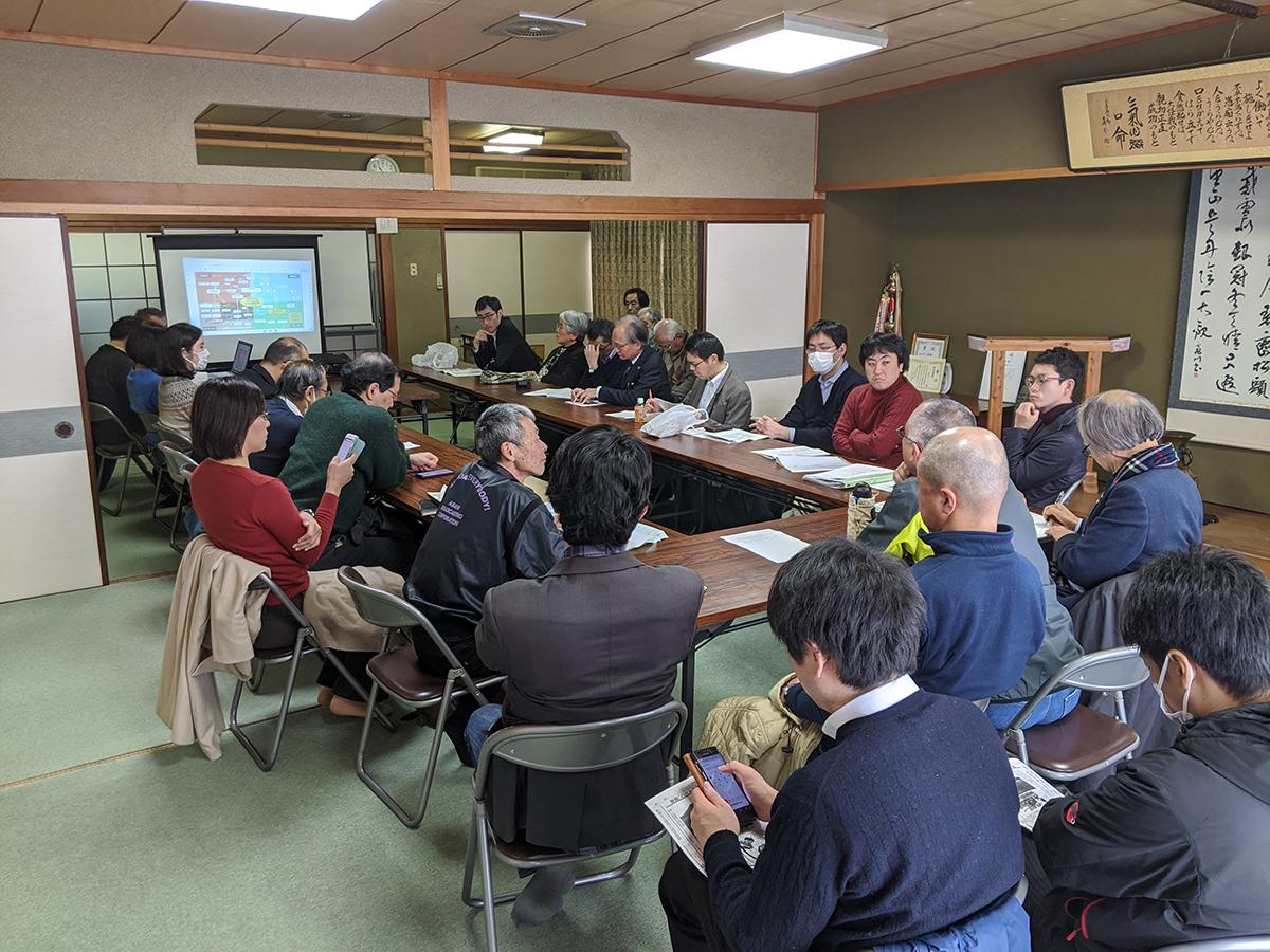 自由法曹団 京都府支部の弁護士18名がパーム油火力発電所反対運動の視察に来られました。